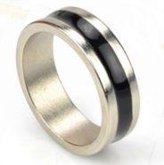 Магнит серебрянное обручальное кольцо