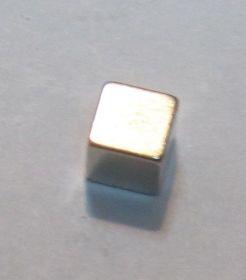 Неодимовый магнит куб 2x2x2 мм N38